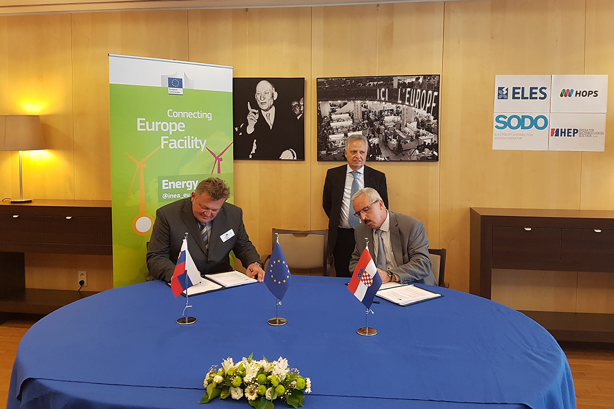 Grant Agreement for innovative smart grid project signed